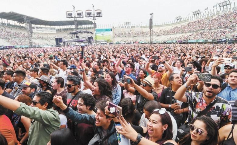 Muere por coronavirus policía que resguardó Vive Latino