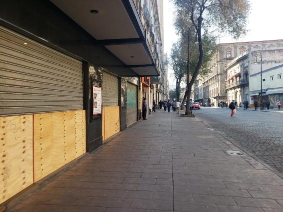 negocios_marchas_zocalo.jpg