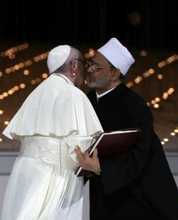 pope-emirates_82696168.jpg