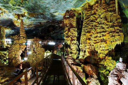 grutas-bustamante-nuevo-leon_2.jpg
