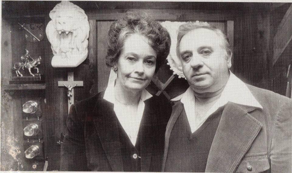 Ed y Lorraine, los dueños del Museo Warren.