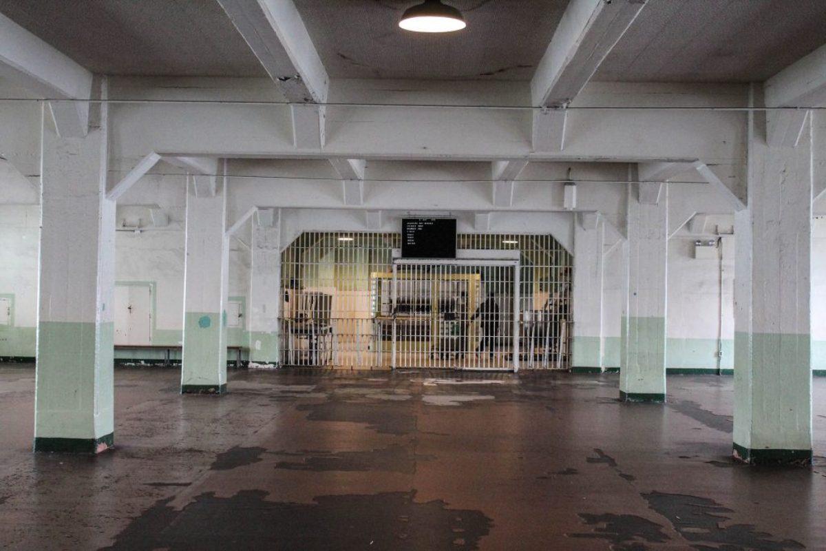 Alcatraz-27