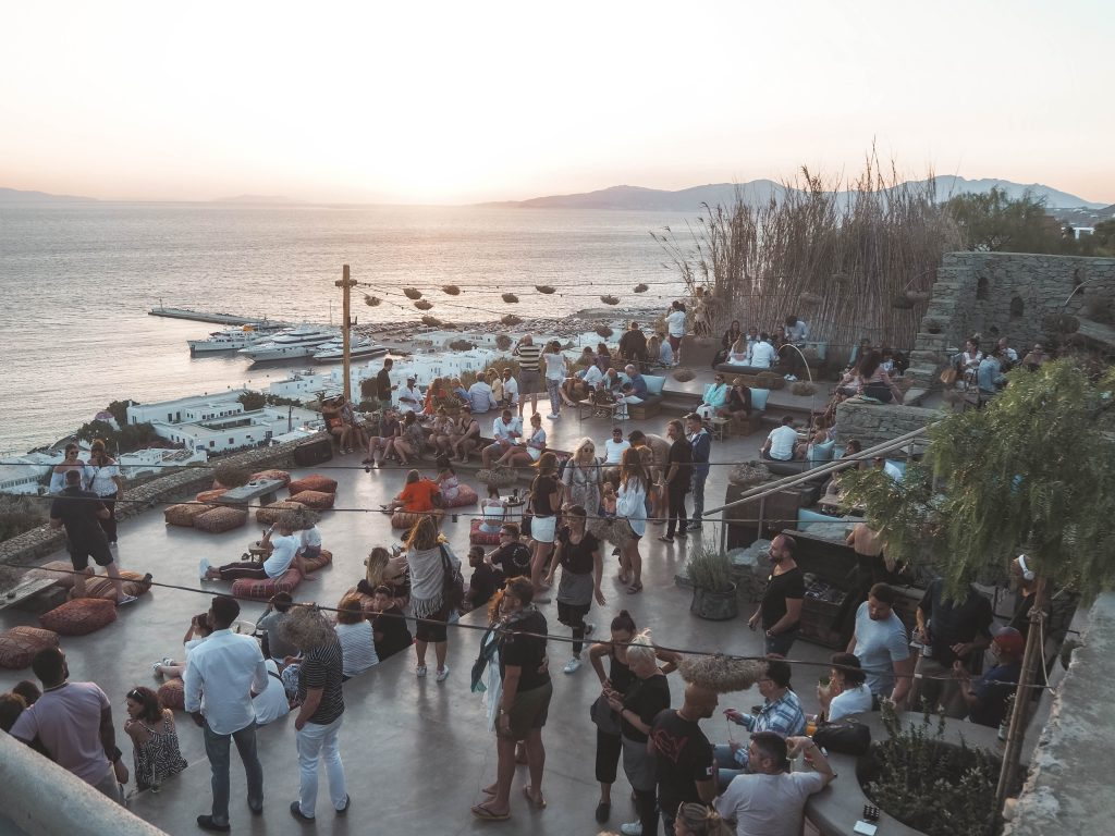 180º Sunset Bar