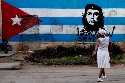 Pintada de bandera cubana y el Che Guevara