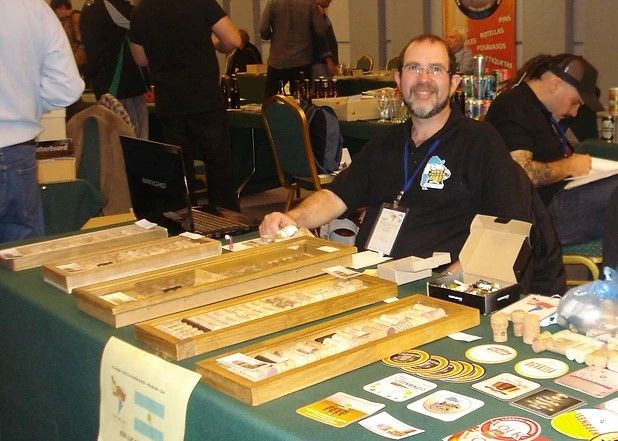 Jose Luis De Palma, el coleccionista de corchos,  en Exposiciones
