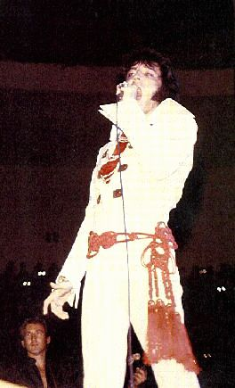 https://i2.wp.com/www.elvisconcerts.com/pictures/s70111507.jpg