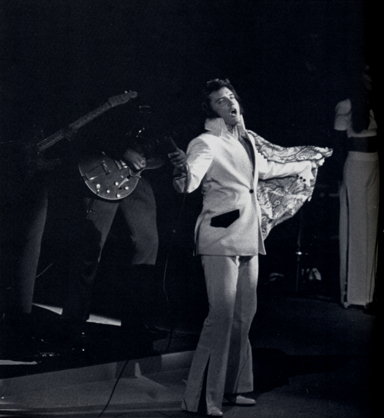 https://i2.wp.com/www.elvisconcerts.com/pictures/s72061711.jpg
