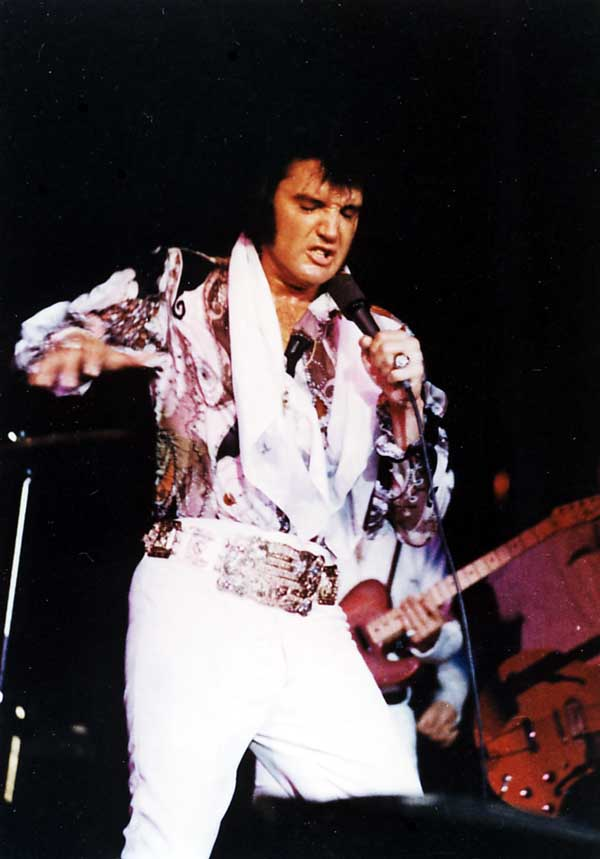 https://i2.wp.com/www.elvisconcerts.com/pictures/s72061903.jpg