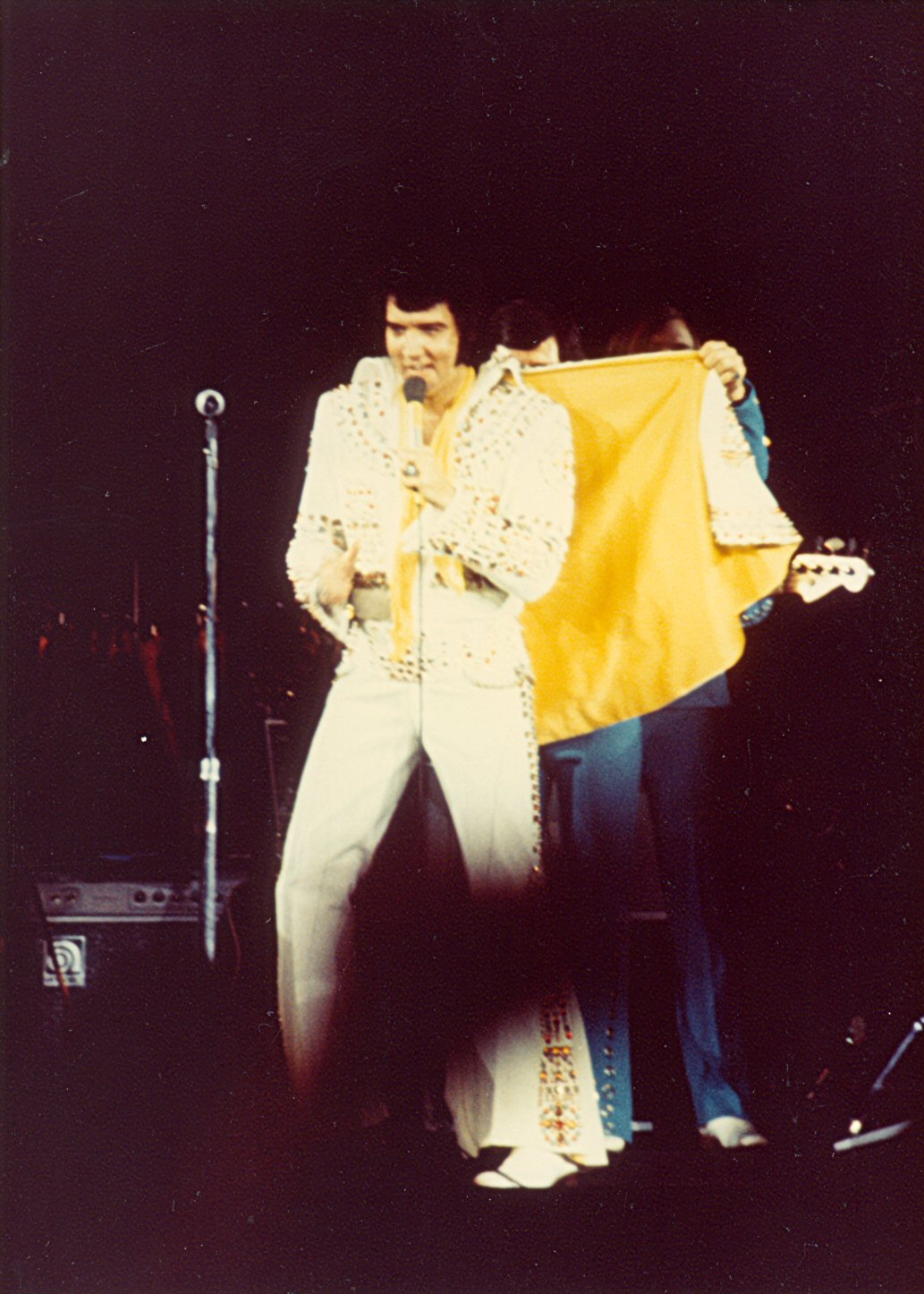 https://i2.wp.com/www.elvisconcerts.com/pictures/s73062203.jpg
