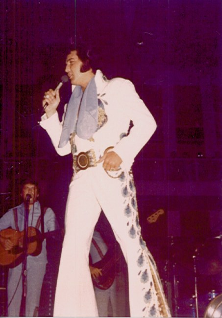 https://i2.wp.com/www.elvisconcerts.com/pictures/s74061903.jpg