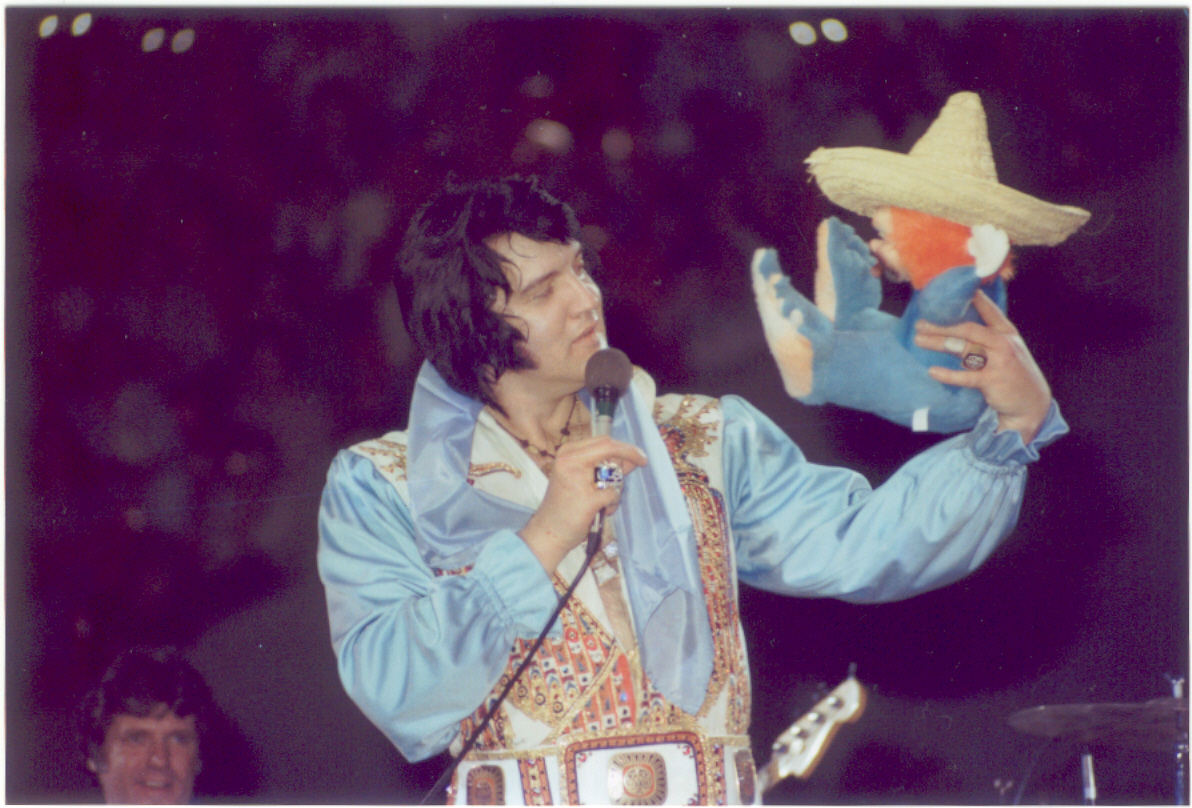https://i2.wp.com/www.elvisconcerts.com/pictures/s76060402.jpg