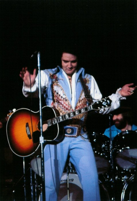 https://i2.wp.com/www.elvisconcerts.com/pictures/s76062703.jpg