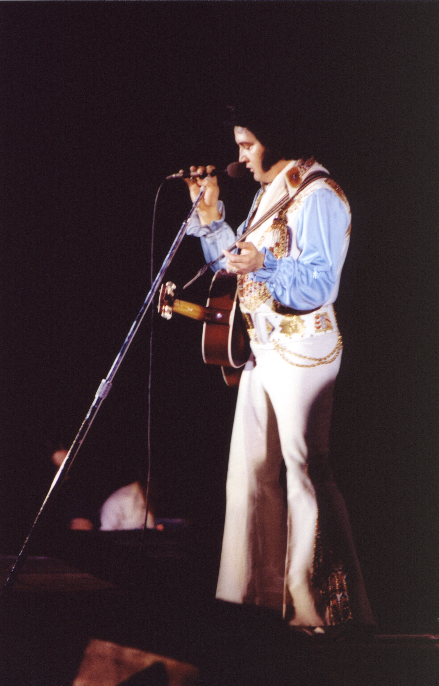 https://i2.wp.com/www.elvisconcerts.com/pictures/s76070501.jpg