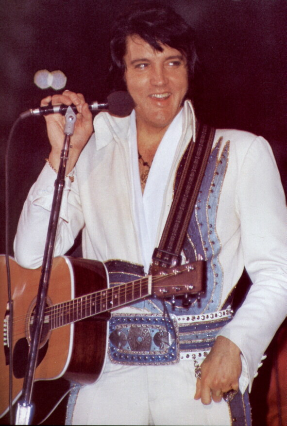 https://i2.wp.com/www.elvisconcerts.com/pictures/s76112901.jpg