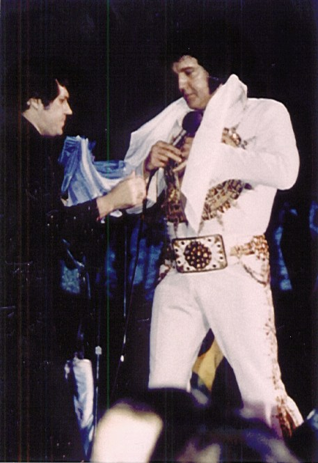 https://i2.wp.com/www.elvisconcerts.com/pictures/s77062405.jpg