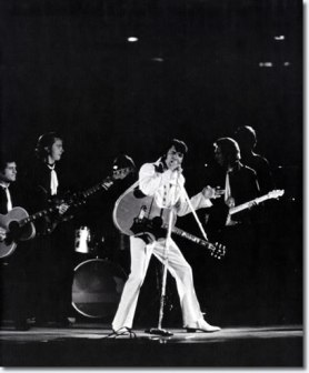Elvis Presley : Houston Astrodome : February 27, 1970.