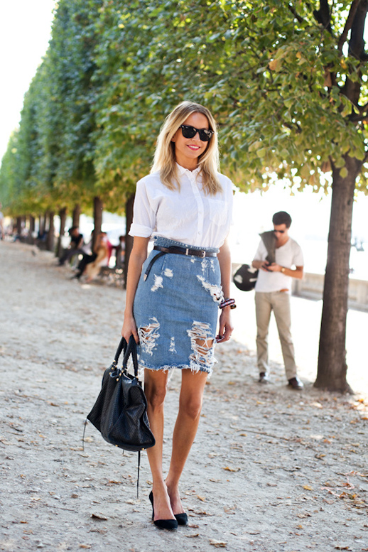 Le-Fashion-Blog-7-Ways-To-Style-A-Distressed-Denim-Skirt-Street-Style-A-Love-Is-Blind-3