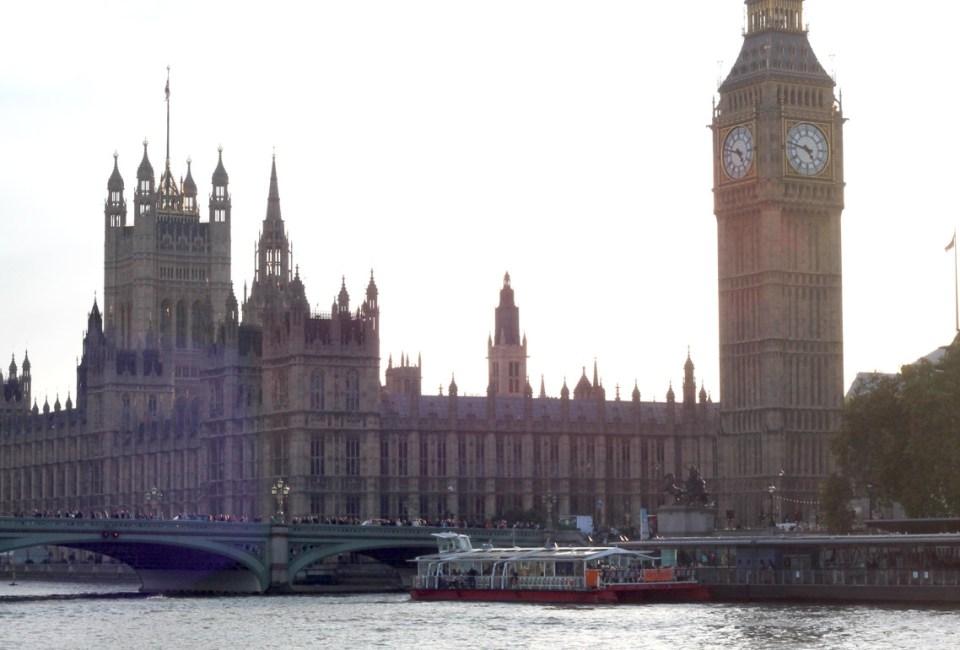 london-bridge-elygypset