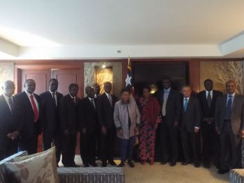 Résultats de recherche d'images pour « Ecowas Envoys Pay Courtesy Call On President Sirleaf in Washington »