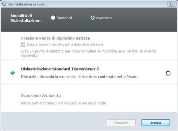 IObit Uninstaller v2.2 disinstallazione in corso