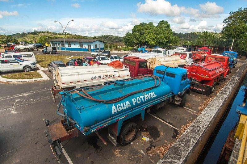 Prefeitura de Itabuna contrata 30 carros pipa para fornecer água potável à população proveniente de Ubaitaba - Foto Lucas França (2)