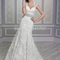 Lace Wedding Dresses For Petite Brides