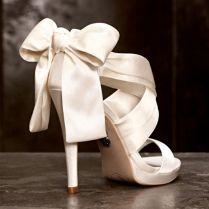 1000 Ideas About Vera Wang Wedding Shoes On Emasscraft Org
