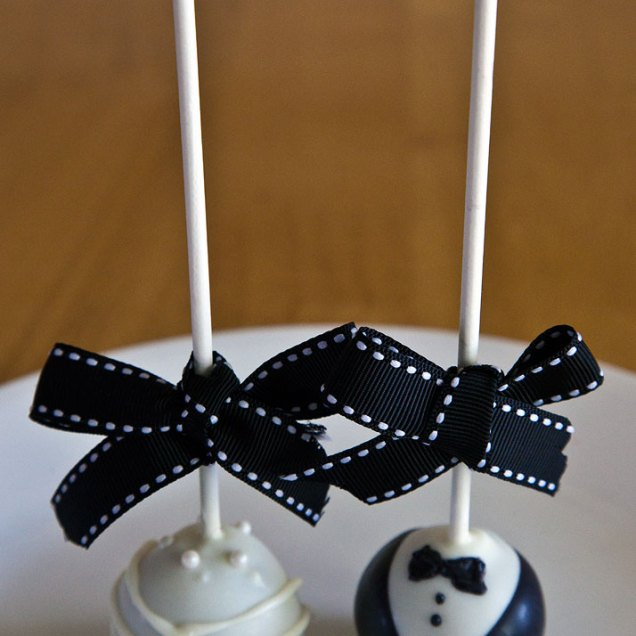 1000 Images About Trend Wedding Cake Pops On Emasscraft Org