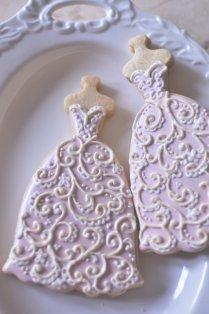 10 Bridal Gown Cookies