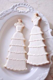 10 Vintage Style Bridal Gown Cookies