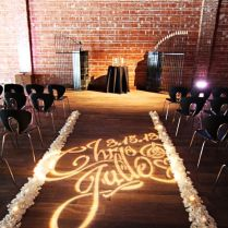 10 Wedding Aisles That Wow