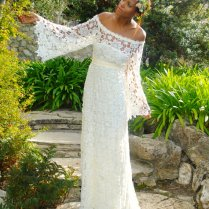 Amazing Design Of The Hippie Wedding Dress With Floral Motifs