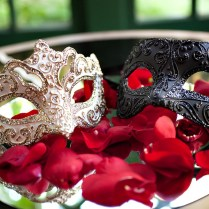 Avoid Going Overboard For Themed Weddings