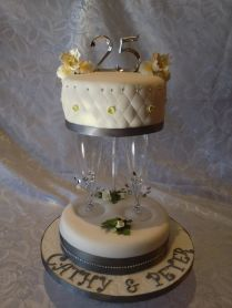 Black White Cakes, Wedding Anniversary Cakes And Cream Cheese
