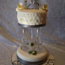 Black White Cakes, Wedding Anniversary Cakes And Cream Cheese