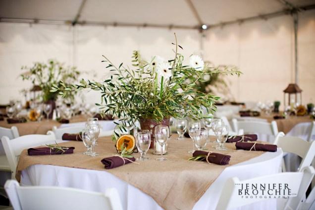 Burlap, Barn Weddings And Tables On Emasscraft Org
