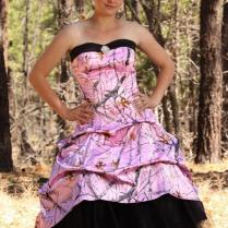 Camo Wedding Dresses [slideshow]