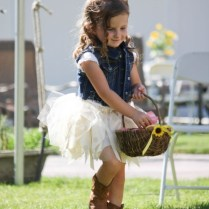 Country Girl Outfit Ideas (24)