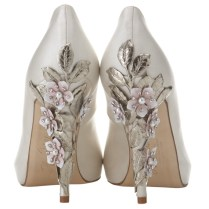 Different Styles And Designs Of Ivory Wedding Shoes