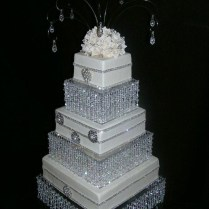Diy Crystal Wedding Cake Stand Cake Stand Chandelier