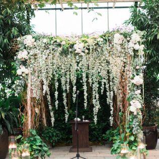 Impressive Wedding Arch Ideas