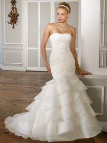 Inspiring Mermaid Organza Wedding Dress With Flat Chestline And