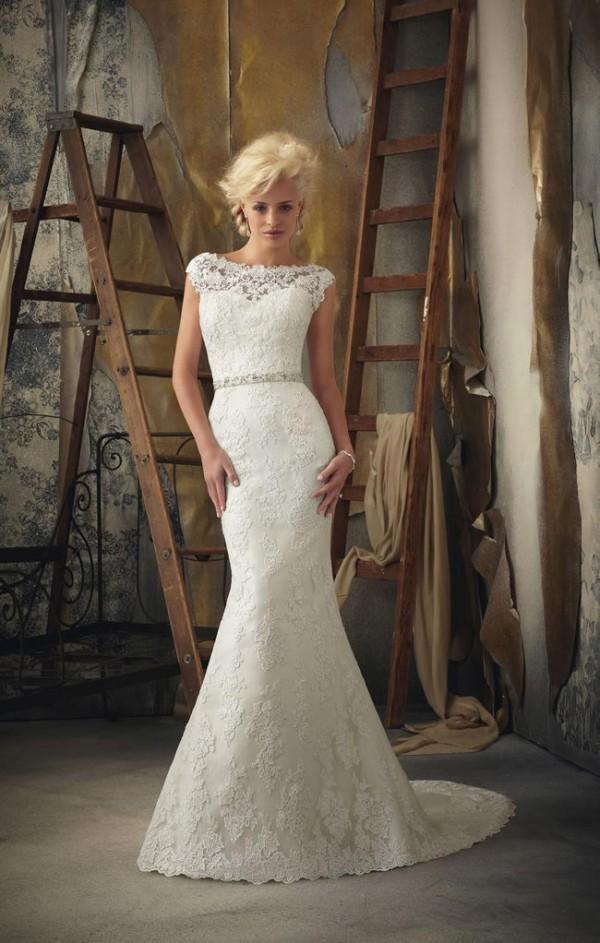 Popular Vintage Wedding Dresses Ideas For Fall Wedding