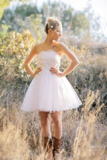 Short Country Wedding Dresses With Cowboy Boots