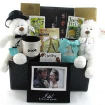 Wedding Anniversary Gift Basket Ideas