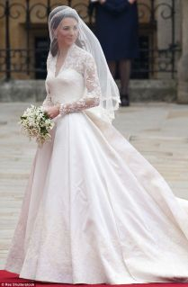 1000 Ideas About Kate Middleton Wedding Dress On Emasscraft Org