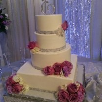 1000 Images About Bling Sparkly Wedding Cakes On Emasscraft Org