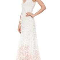 10 Beautiful Non Traditional Wedding Dresses