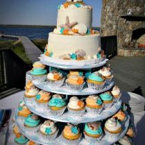 23 Fun Beach Wedding Cake Ideas