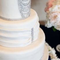 Bling Wedding Cakes For A Dazzling Affair